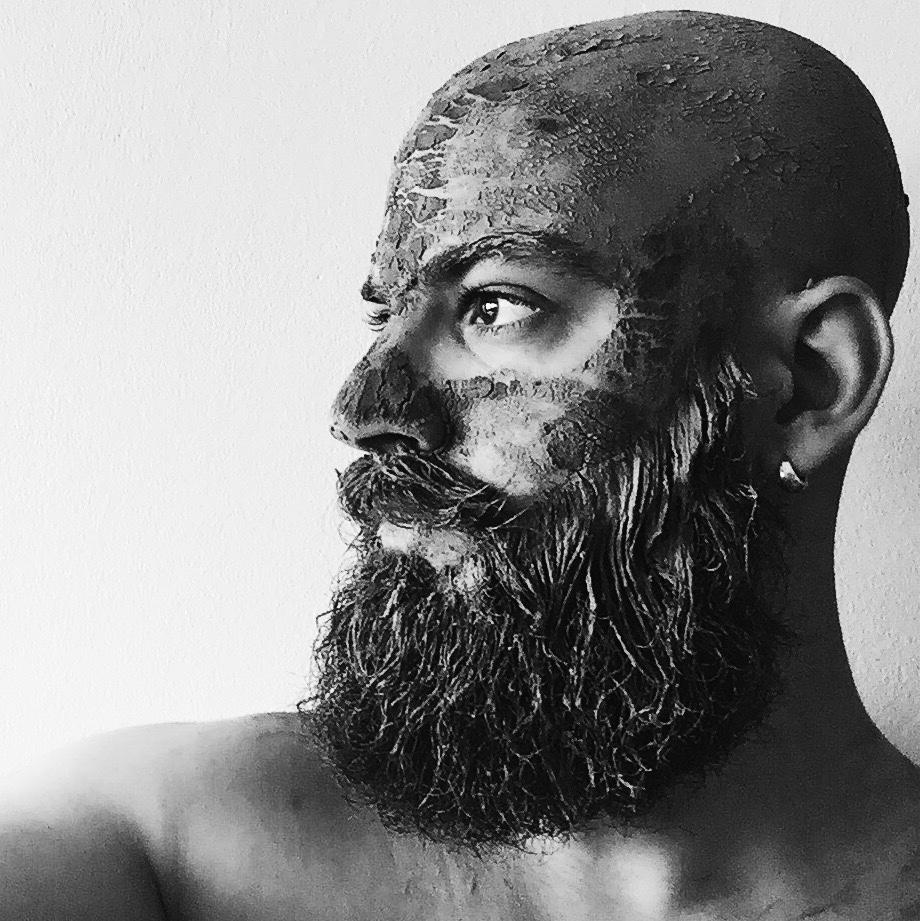 — Graou de barbe;